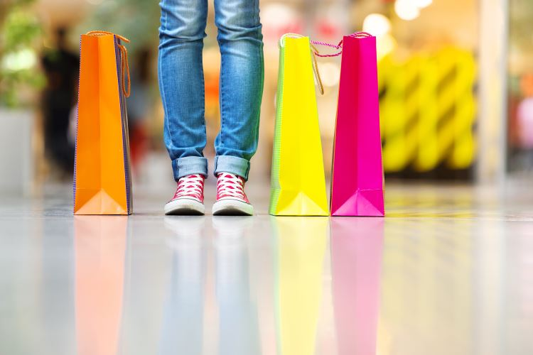 stock-photo-52027484-shopping